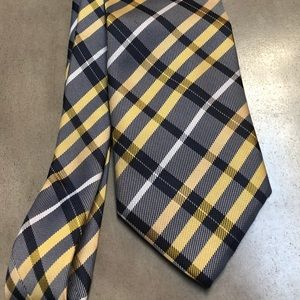 Other - Men's silk tie in yellow and navy